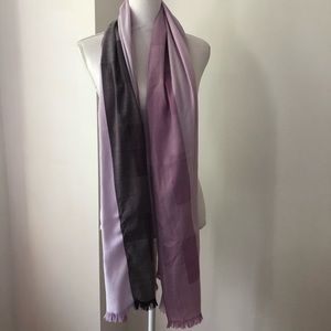 3/$15 NWOT Shades of Purple Scarf